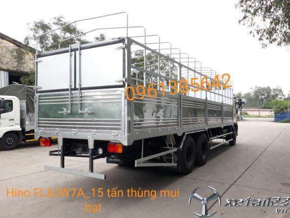 Bán xe tải Hino FL8JW7A 3 chân 15 tấn thùng mui bạt