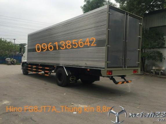 Gía bán xe tải Hino FG8JT7A 8 tấn thùng kín. Hỗ trợ ngân hàng lên đến 85%