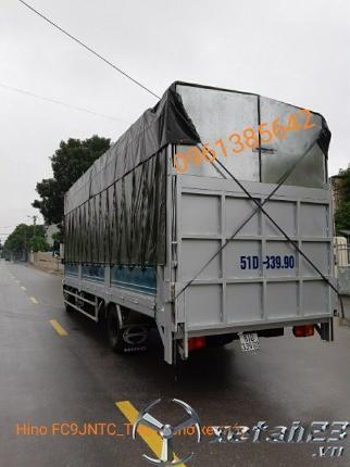 Gía xe tải Hino FC9JNTC thùng chở xe máy 7,3m