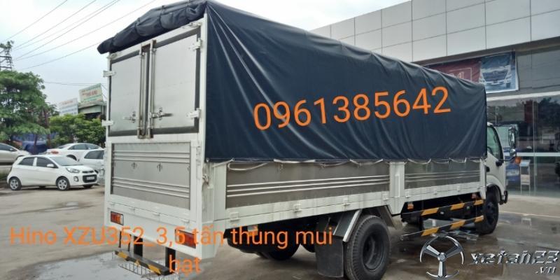 Xe nhập khẩu từ Indonesia XZU352L 3,5 tấn thùng mui bạt
