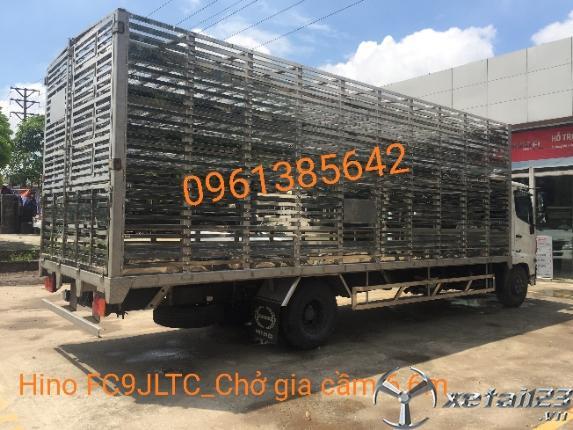 Xe tải chở gia cầm Hino FC9JLTC thùng 6,6m. Hỗ trợ vay vốn ngân hàng lên đến 85%