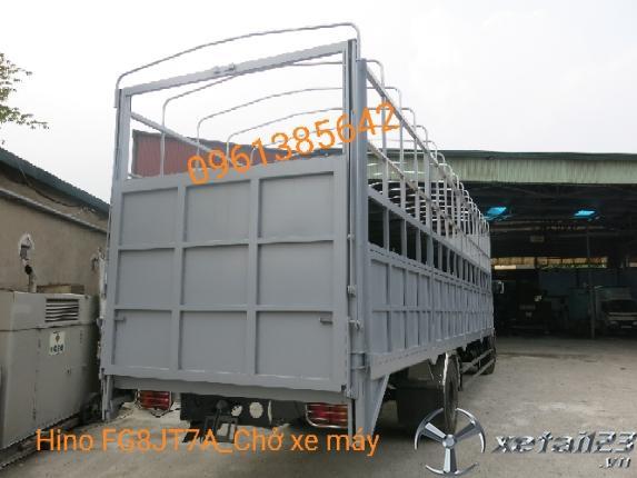 Xe tải Hino FG8JT7A 8 tấn thùng chở xe máy