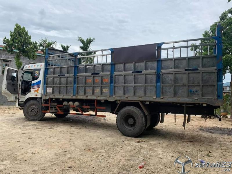 Rao bán xe Trường Giang 7,4 tấn đời 2015 thùng mui bạt. Chi với 340 triệu nhận ngay xe đẹp