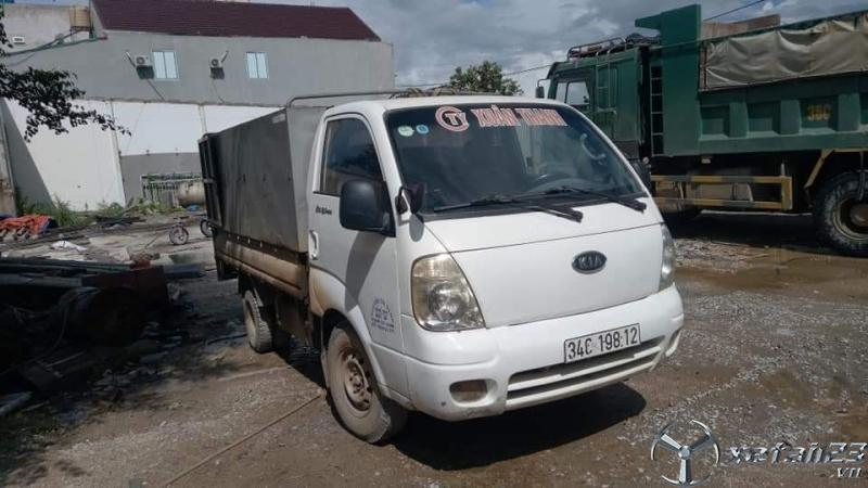 Cần thanh lý gấp xe Kia Bongo III sx 2005 thùng mui bạt giá 100 triệu