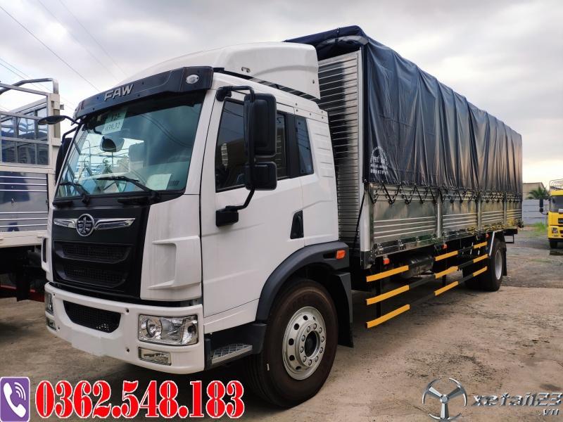 Giá xe tải faw 9 tấn thùng bạt 40 khối chở bao bì giấy