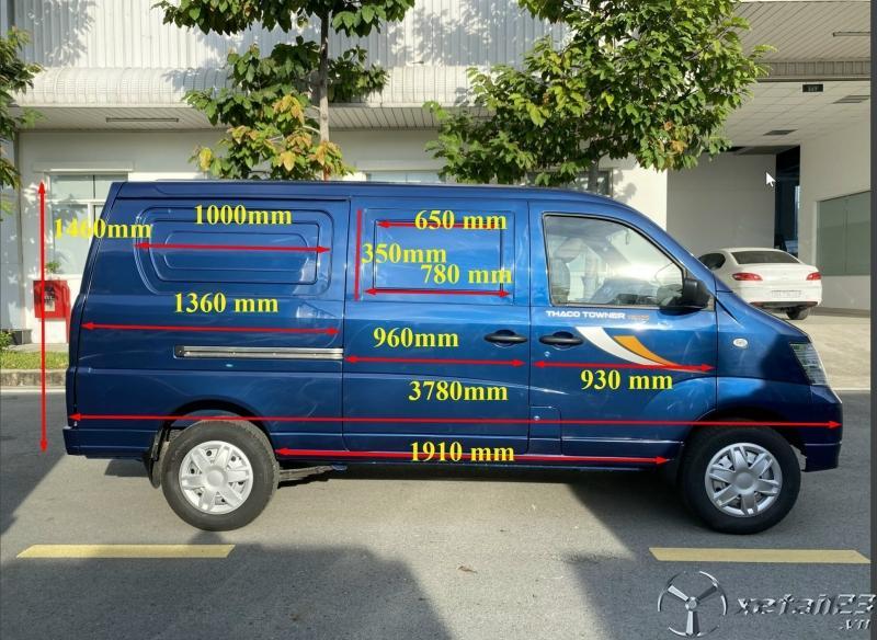 Xe Tải Van Chạy Giờ Cấm. Xe Van 5 Chổ Với Thùng Hàng Dài 1.460 x 1.360 x 1.180 mm.
