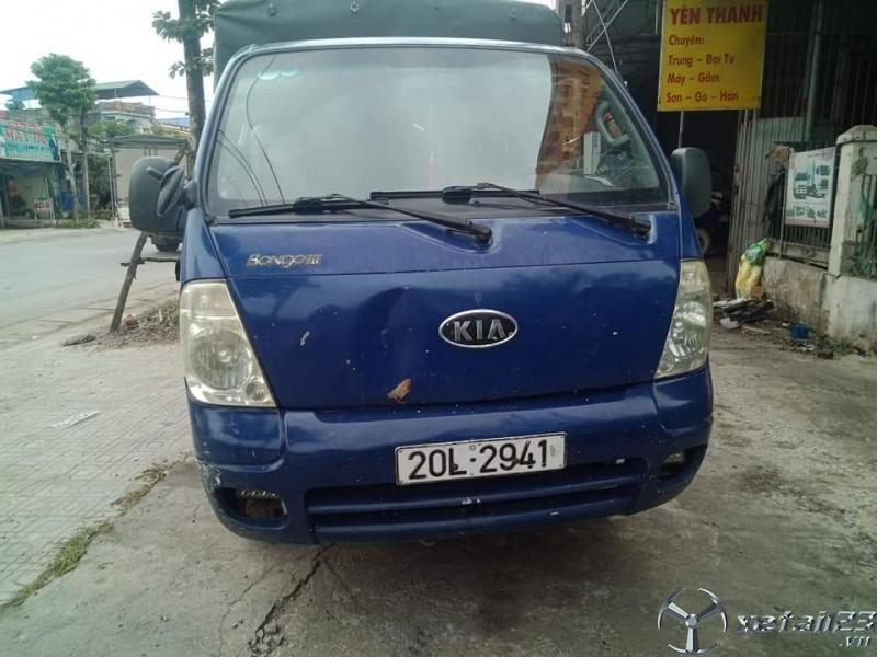 Thanh lý gấp xe Kia Bongo III đời 2005 , đăng kí năm 2008 thùng mui bạt với giá chỉ 110 triệu