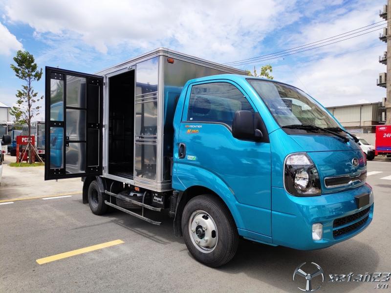 Xe tải K250 tải trọng 1t49 và 2t49, trả góp 70%. Liên hệ ngay để nhận thêm ưu đãi