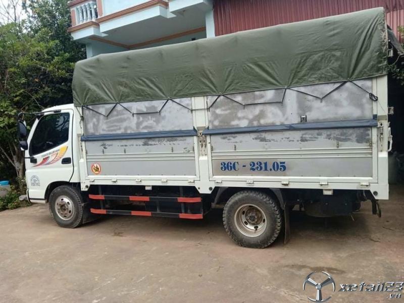 Bán Thaco Ollin 500B 5 tấn sản xuất 2017 thùng mui bạt