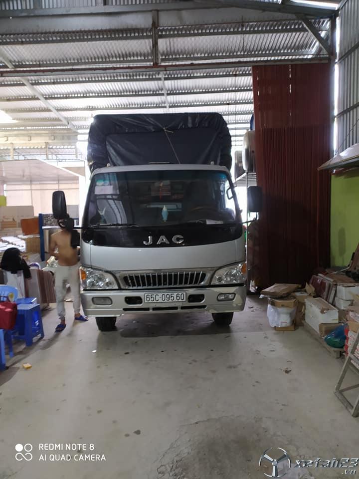Bán JAC 6,4 tấn đời 2017 thùng mui bạt giá tốt nhất
