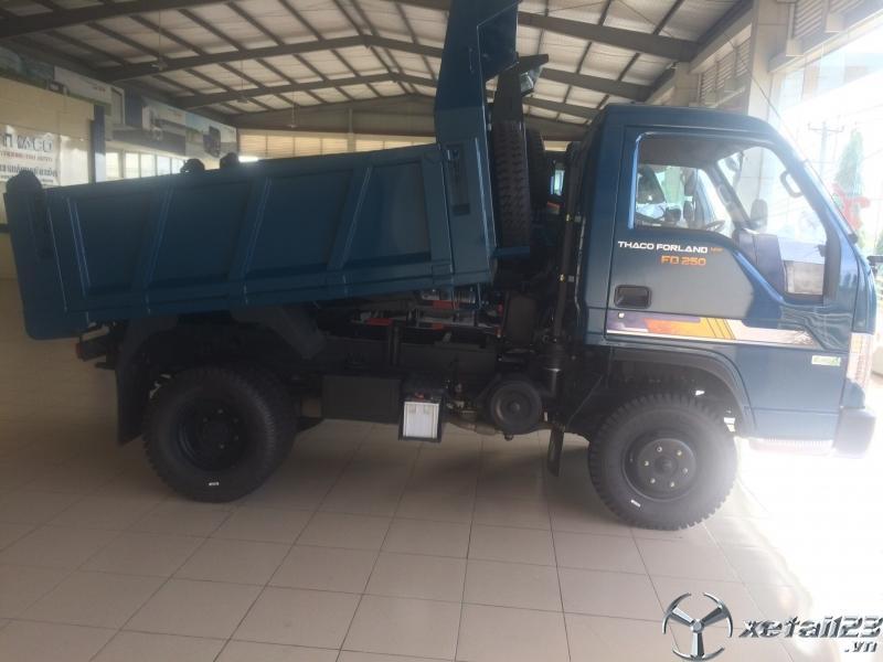 Bán xe ben THACO FD250.E4, xe ben Trường Hải 2,5 tấn giá tốt nhất tại Đồng Nai