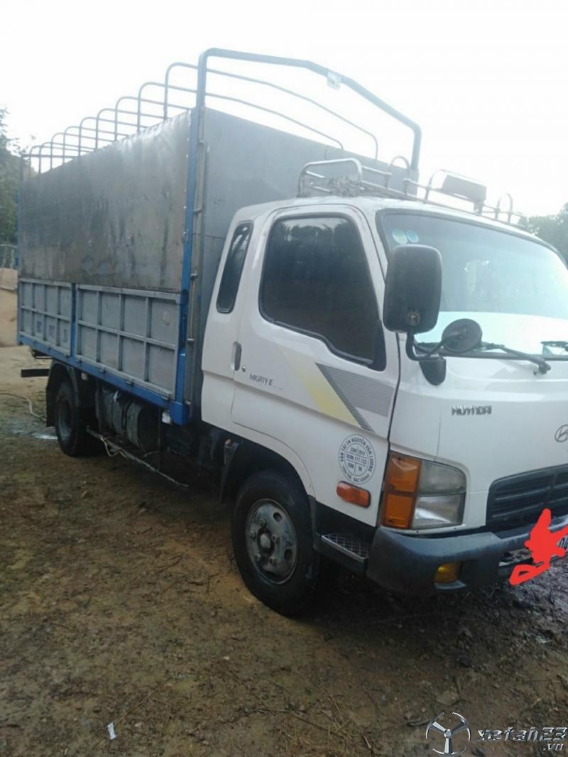 Thanh lý gấp xe Hyundai Mighty II 2 tấn đời 2004 thùng mui bạt giá rẻ nhất