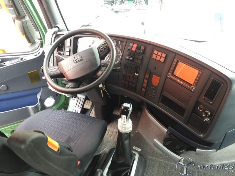 Bán xe tải đầu kéo HOWO A7 420hp đời 2019