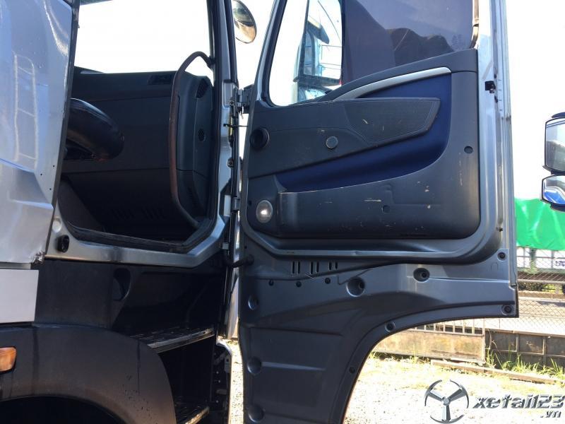 Bán xe Howo đời 2015 , đăng kí năm 2017 thùng mui bạt giá rẻ nhất