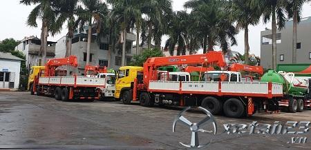 Xe Dongfeng Hoàng Huy L315 gắn cẩu tự hành Kanglim 15 tấn mới 100% chất lượng hàng đầu
