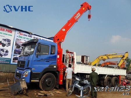 Xe Dongfeng Trường Giang gắn cẩu tự hành Kanglim 10 tấn mới 100% , bảo hành dài hạn