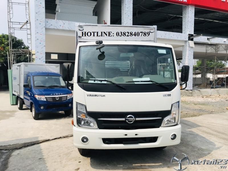 Xe tải NISSAN Thùng kín 1T9 giá rẻ