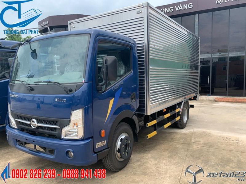 Xe tải Nissan 1.9 tấn thùng bạt trả trước 90 triệu