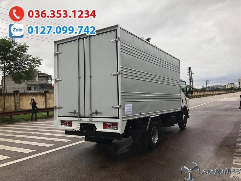 Xe tải 1t9 thùng kín 4m3. Hỗ trợ trả góp lên đến 80% giá trị xe. chỉ 80-90tr nhận xe ngay