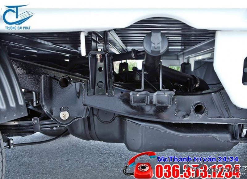 Xe tải Foton 820 Kg thùng Kín, Chỉ cần trả trước 60-90tr nhận xe ngay