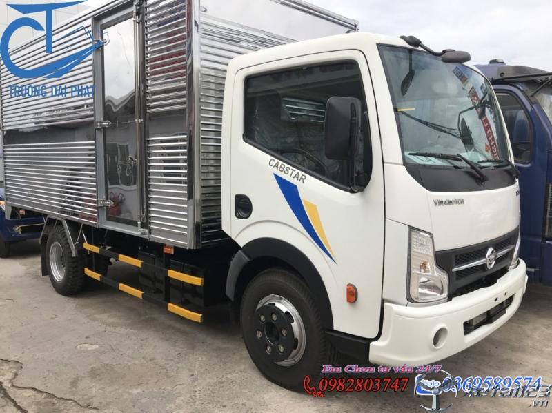 Giá xe tải Nissan 1.9 tấn - vinamotor 1 tấn 9 thùng kín