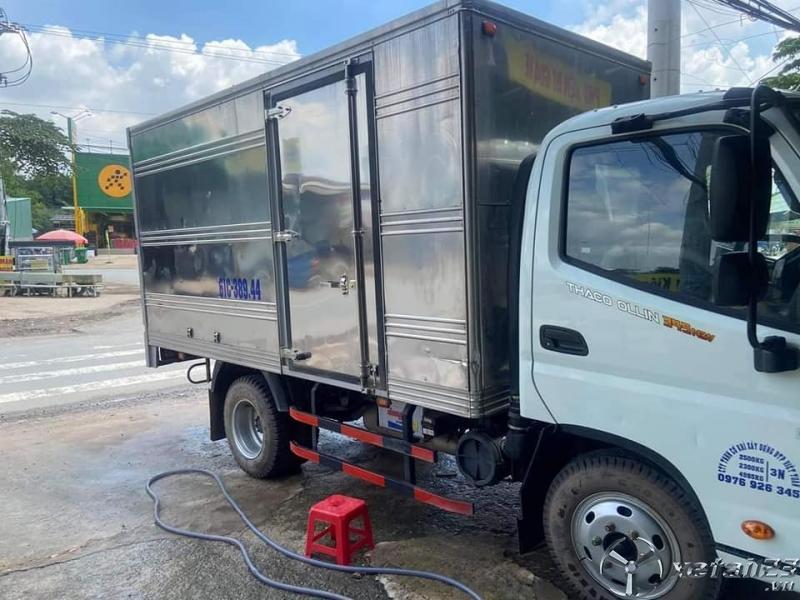 Bán xe Thaco Ollin 350 tải 2,4 tấn  đời 2019 thùng kín giá 310 triệu