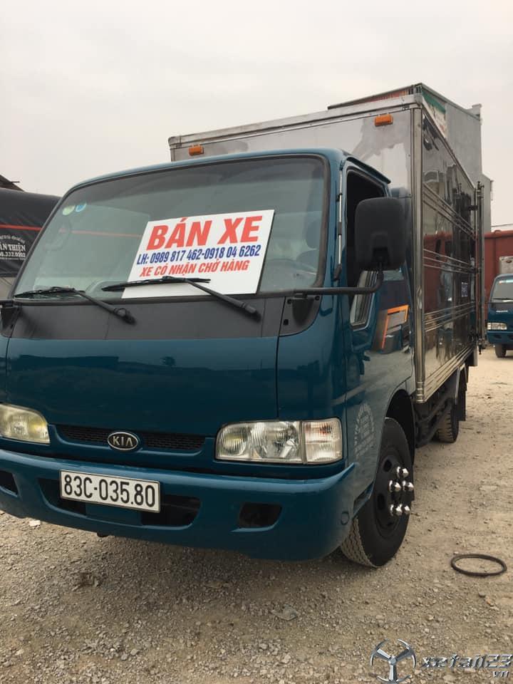 Cần bán gấp xe Thaco K165 2,5 tấn đời 2015 thùng kín