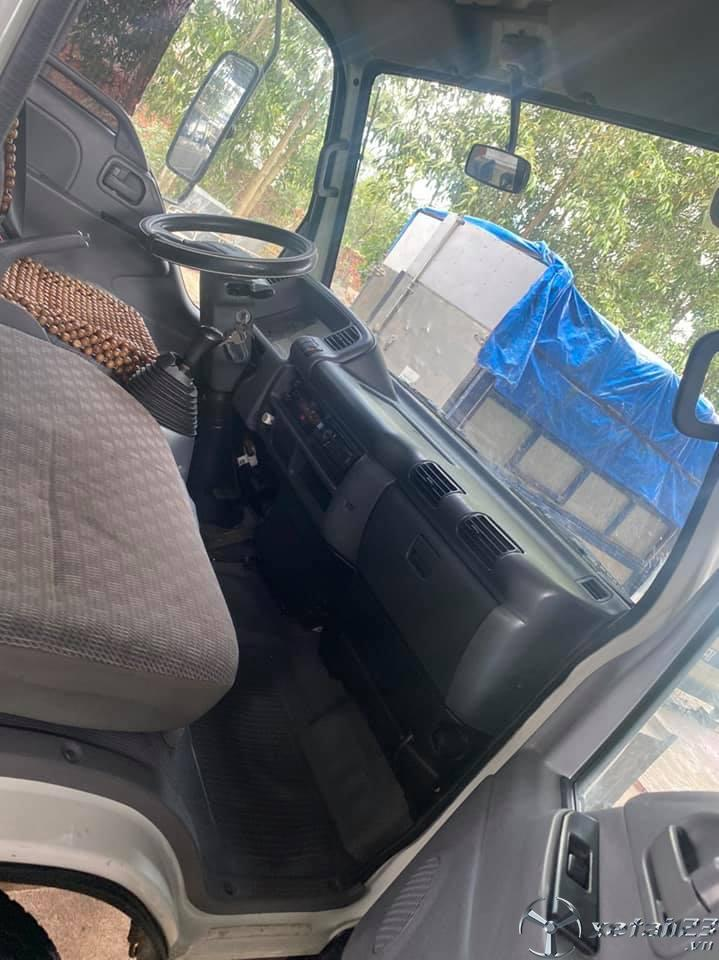 Bán xe Isuzu 2,2 tấn đời 2017 thùng mui bạt