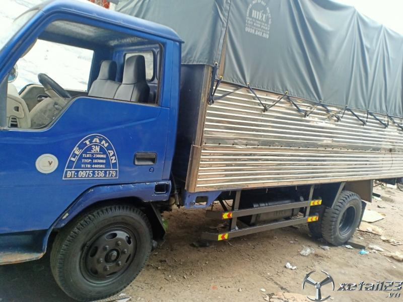 Cần thanh lý gấp xe Vinaxuki 2 tấn đời 2008 thùng mui bạt
