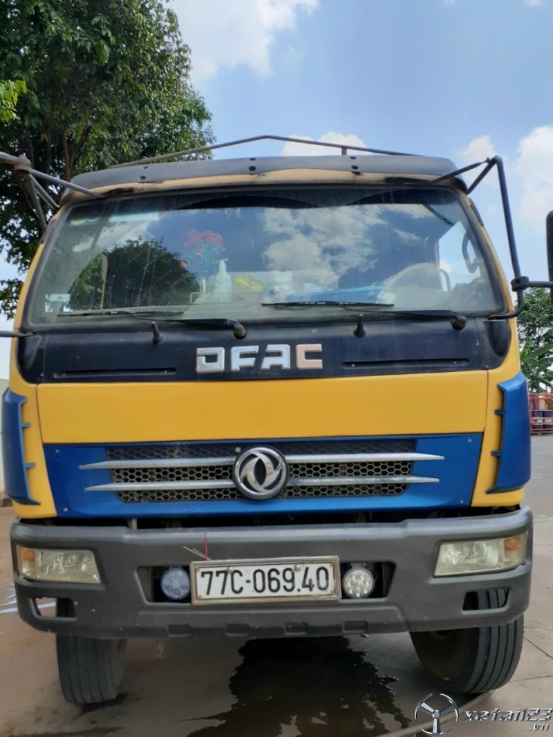 Bán gấp xe Việt Trung 5 tấn sản xuất năm 2010 thùng mui bạt