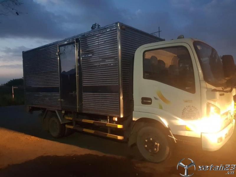 Bán Veam 2 tấn sản xuất năm 2010 phiên bản thùng kín