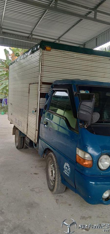 Rao bán xe Hyundai sản xuất 2001 thùng kín giá rẻ , sẵn xe giao ngay