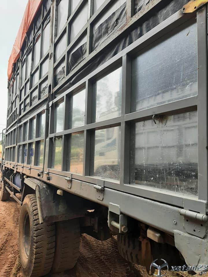 Cần bán xe Hoa Mai 5 tấn sản xuất 2011 thùng mui bạt
