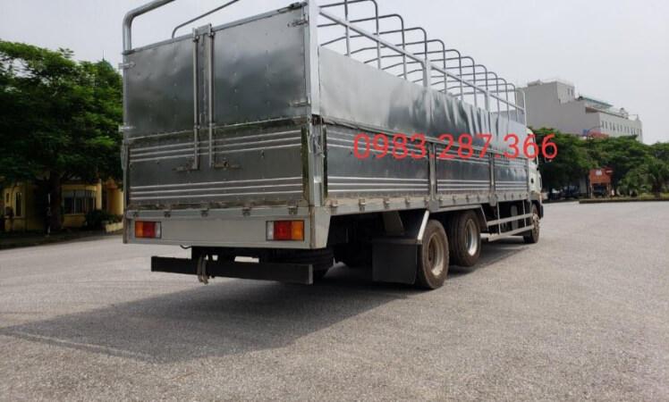Bán xe Hyundai HD240 tải trọng 15 tấn - thùng mui bạt giá tốt nhât