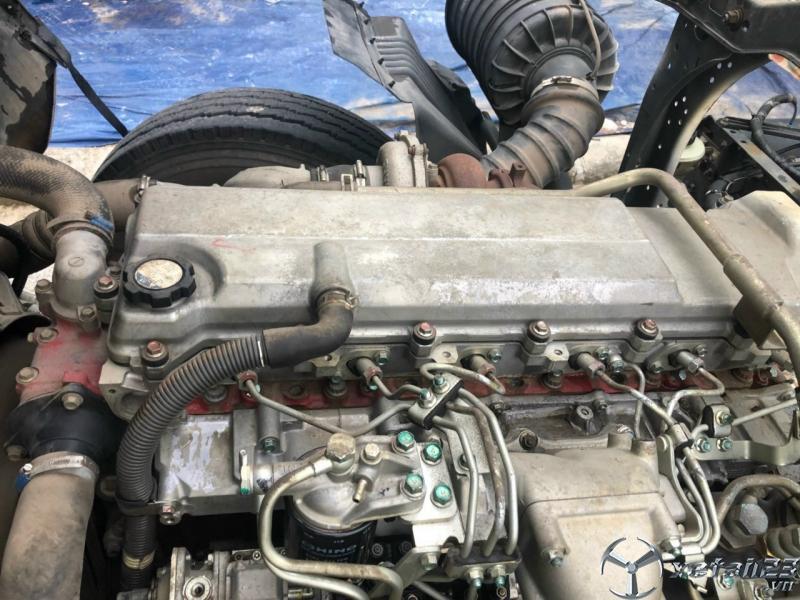 Bán xe Hino 3 chân đời 2015 , đăng kí 2017 thùng mui bạt giá chỉ 1150 triệu