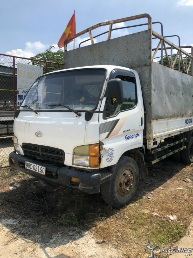 Bán gấp Hyundai Mighty II đời 1999 thùng mui bạt với giá 90 triệu