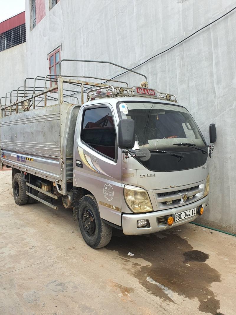 Bán xe Thaco Ollin250 đời 2011 , phiên bản thùng mui bạt