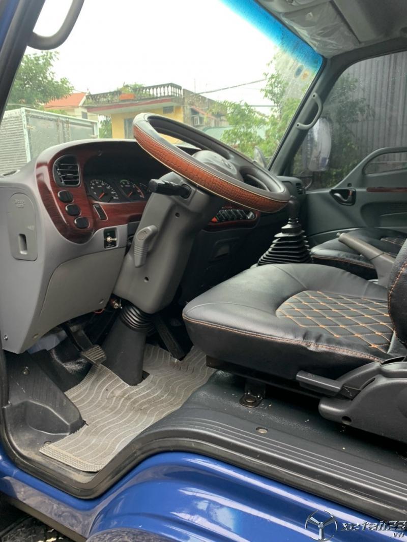 Bán xe Hyundai HD 120SL sản xuất 2017, đăng kí năm 2018 thùng mui bạt