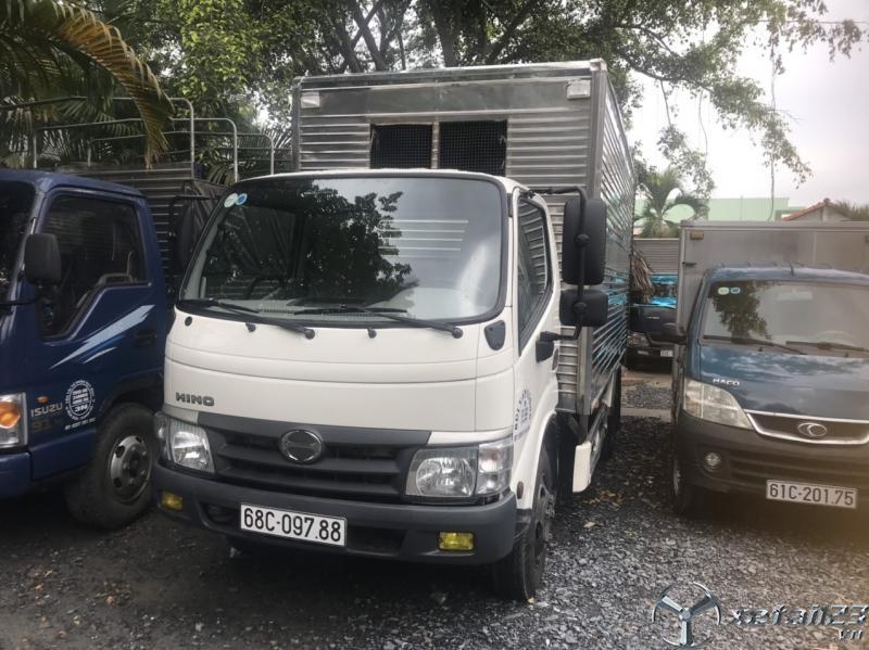Mua bán xe tải Hino 4t9 đời 2017  thùng kín Full inox 304 giá thương lượng