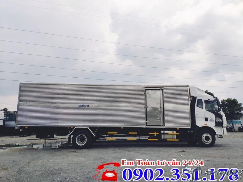 Xe tải 7 tấn thùng dài 9m7 mui kín Faw  - Chỉ 300 triệu trả trước có xe ngay