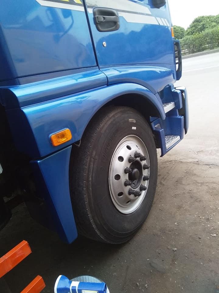 Cần bán chiếc Thaco Auman sx2012 tải 8,3 bác nào có nhu cầu alo cho em 0918546739