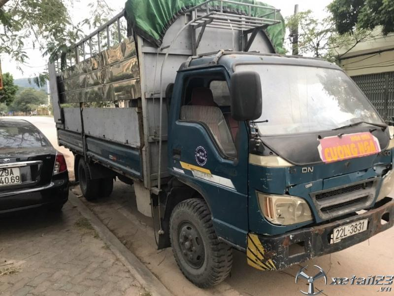 Cần bán gấp xe Trường Hải 3,5 tấn đời 2007 thùng mui bạt