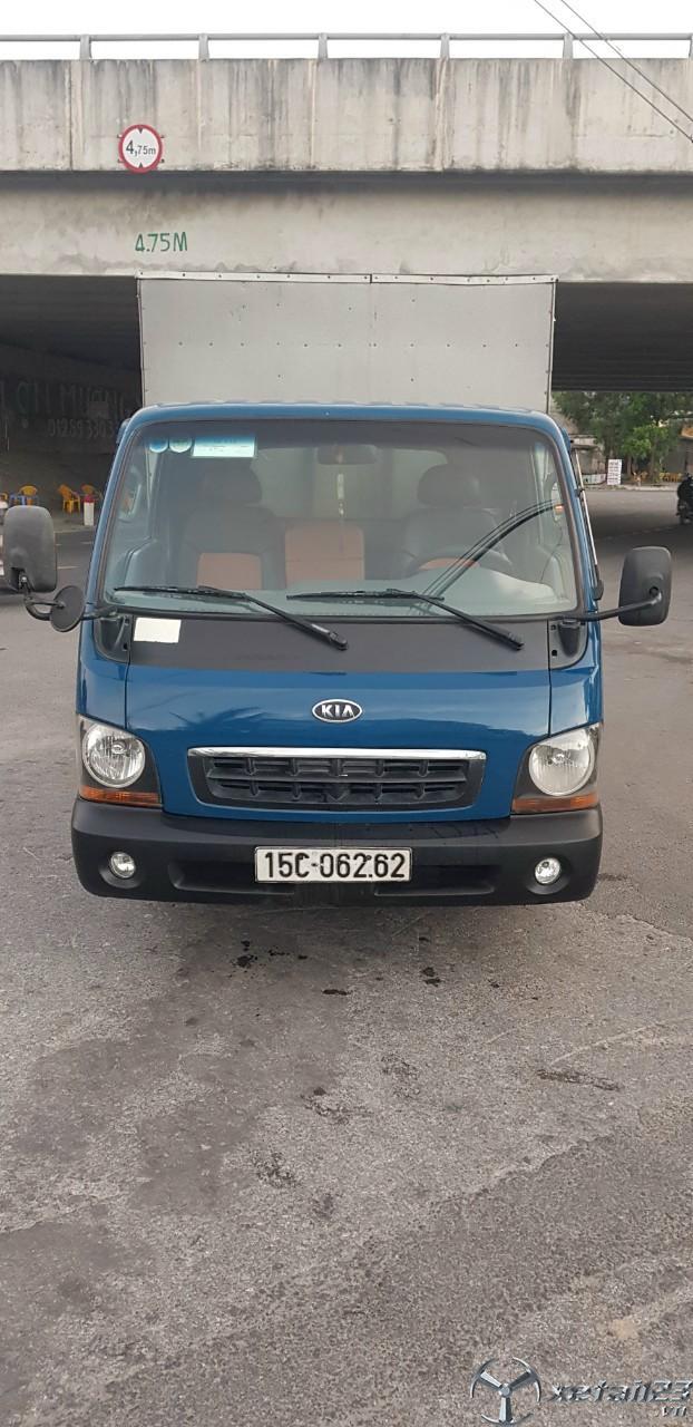 Xe Kia K2700 II sản xuất năm 2013 thùng kín đã qua sử dụng cần bán với giá 175 triệu , sẵn xe giao n
