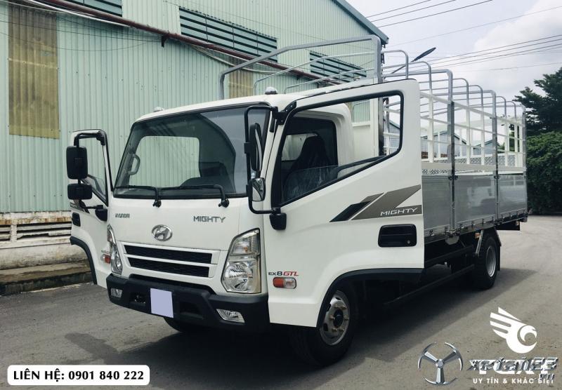 Hyundai EX8-GTL thùng bạt, xe có sẵn, trả góp 80% giá trị xe