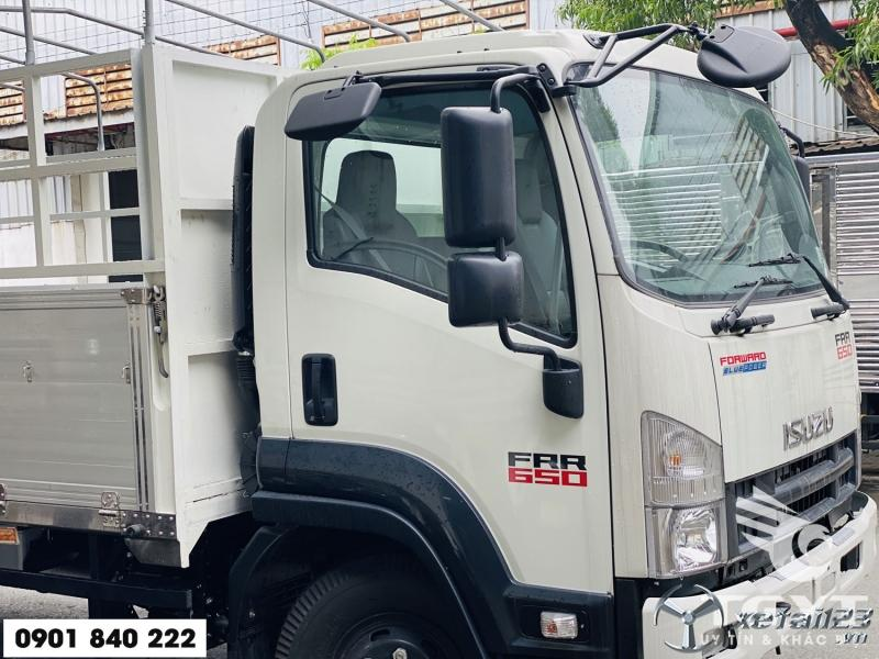 Xe tải Isuzu FRR650, xe 2020, trả trước 180tr nhận xe