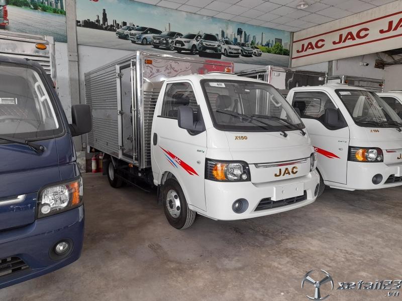 giá xe tải jac (x150) 1,5 tấn thùng kín