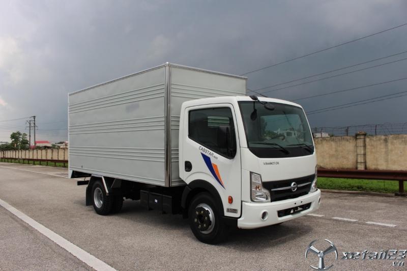 xe tải 3t5 nissan - thùng kín