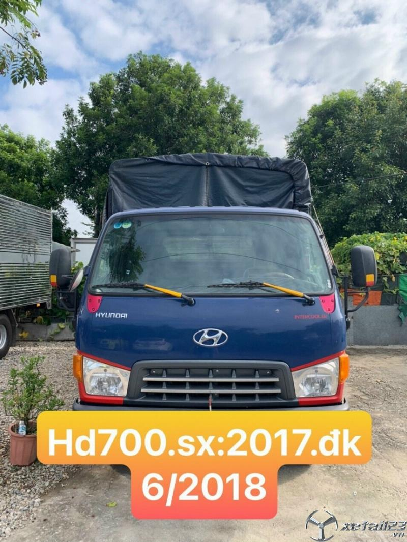 Cần bán xe Hyundai Mighty HD700 đời 2017 thùng mui bạt giá rẻ nhất