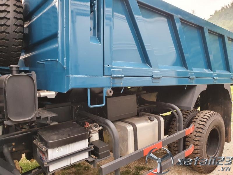 Bán xe ben 5 tấn 2 cầu Thaco FD500-4WD.E4 cabin hiện đại