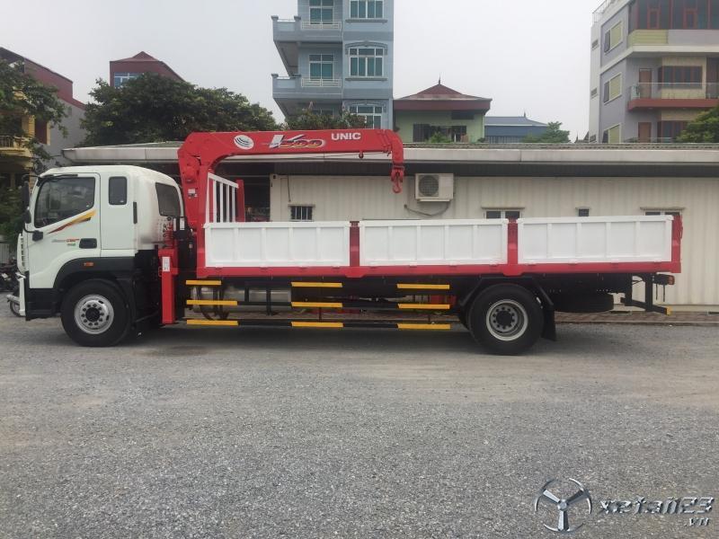 Bán xe cẩu 5 tấn 4 đốt Unic Thaco C160.E4 giá tốt, xe đẹp giao xe ngay